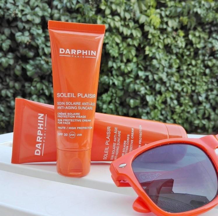 Soleil Plaisir di Darphin, il piacere di una pelle profumata e baciata dal sole