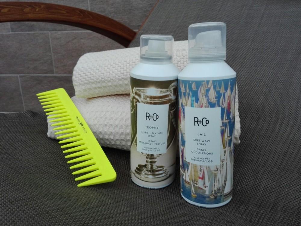 Trophy Shine + Texture Spray e Sail Soft Wave Spray R+Co