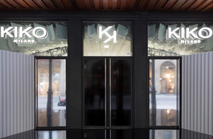 KIKOiD di Kiko a Milano, corso Vittorio Emanuele
