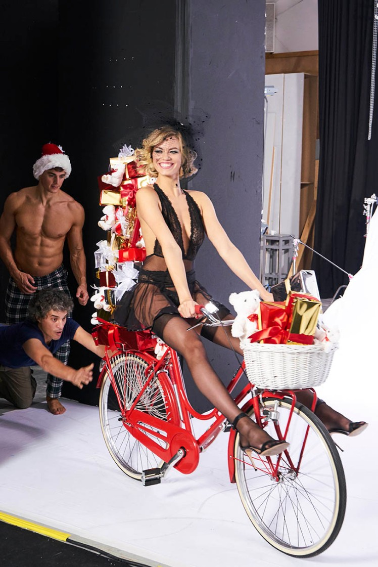 Hailey Clauson, campagna Yamamay Natale 2017