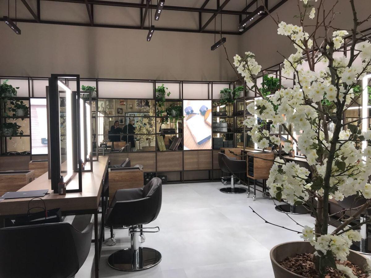 Coccole per i capelli nel primo Nashi Salon a CityLife