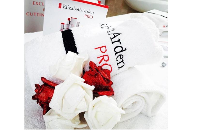 Recensione dei nuoviPeel Pads di Elizabeth Arden PRO