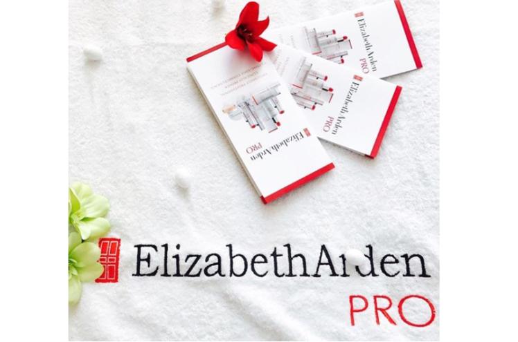 dei nuoviPeel Pads di Elizabeth Arden PRO