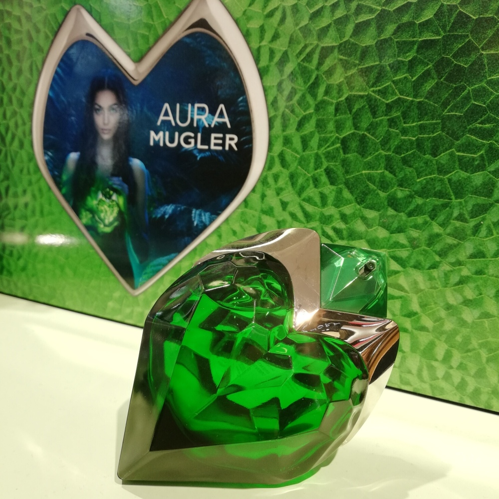 Review di Aura Mugler, il nuovo profumo diThierry Mugler