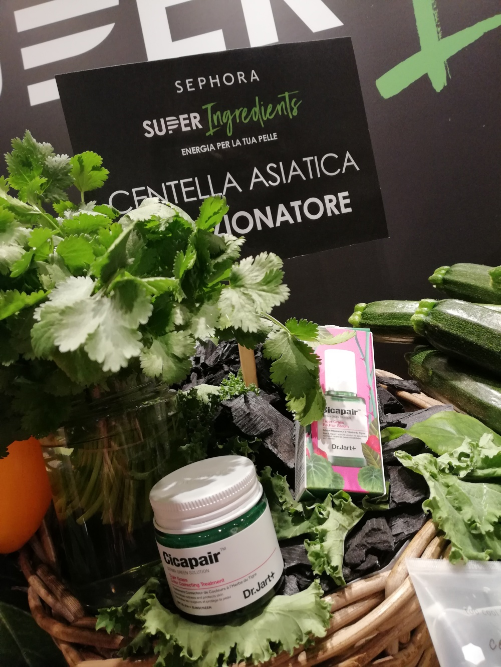 Super Ingredients Sephora, skincare superfood
