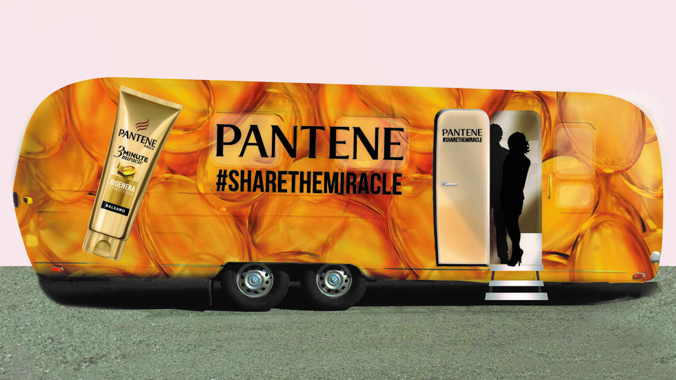 Hair Salon Pantene mobile al Fuorisalone