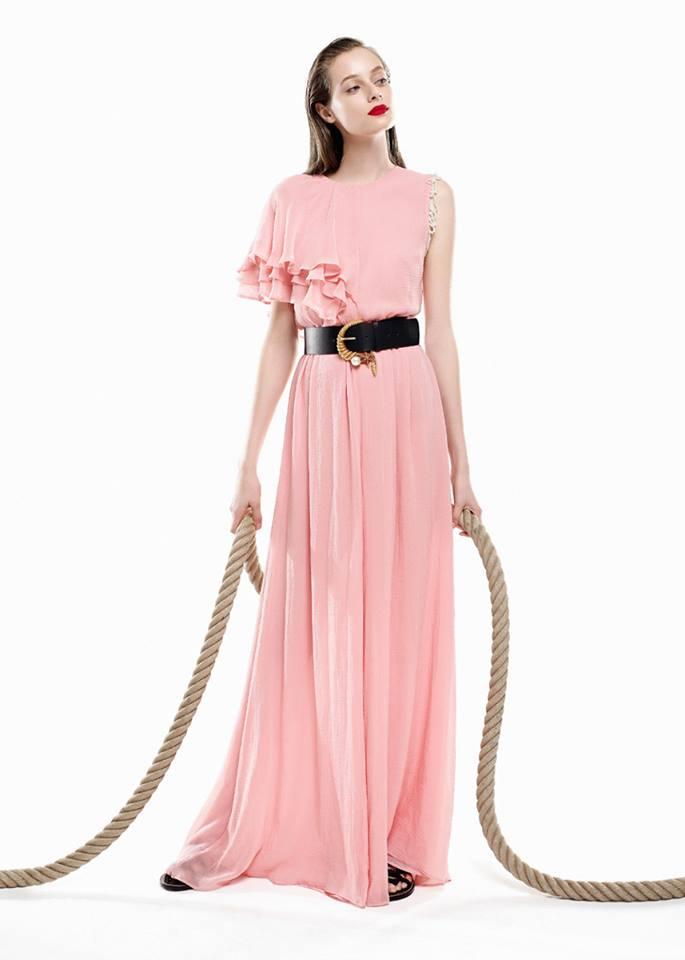 496620c9688b L'estate Vanity Tendenze Milan Pinko In – Un Mix Glamour Di Look E UzpqSMV