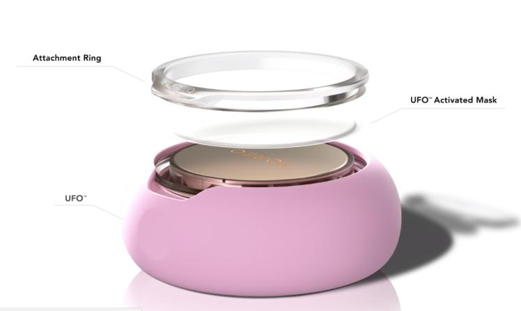 I dispositivi Foreo Ufo e Ufo Mini in esclusiva da Sephora