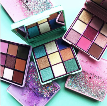 Palette glitter Revolution Fortune Seeker, Starry Eyed, One True Love
