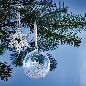 Collezione Swarovski per Natale, gioielli e decorazioni in cristallo