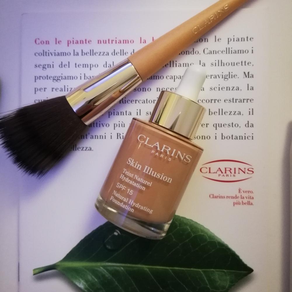 Recensione fondotinta Skin Illusion Clarins. prodotti preferiti dell'anno