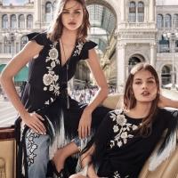 La collezione Twinset primavera estate, lungo le vie di Milano