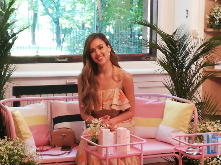 Jessica-Alba-Honest-Beauty-Italia