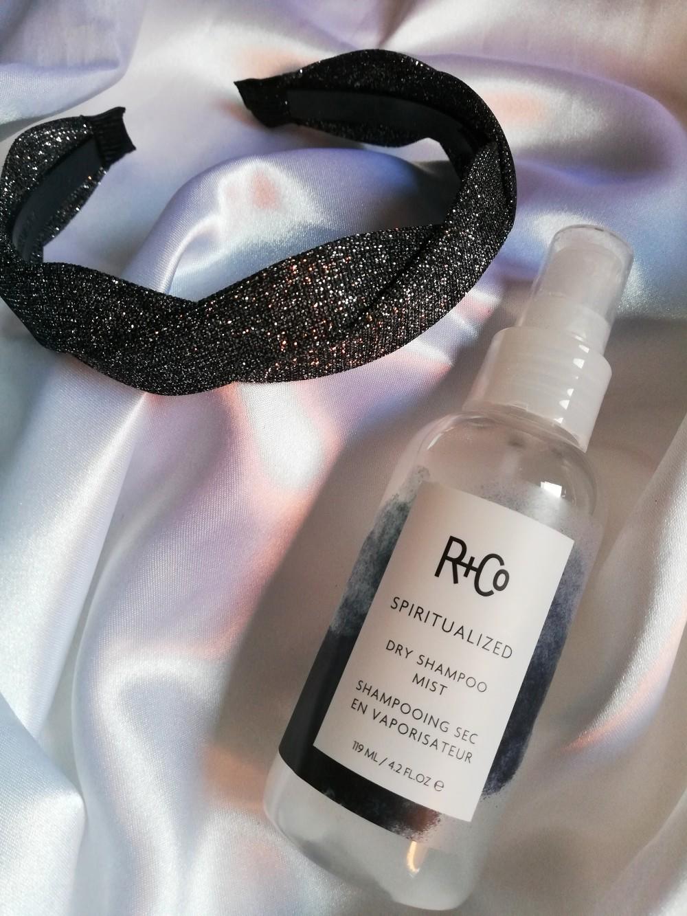Shampoo secco di lusso per capelli puliti