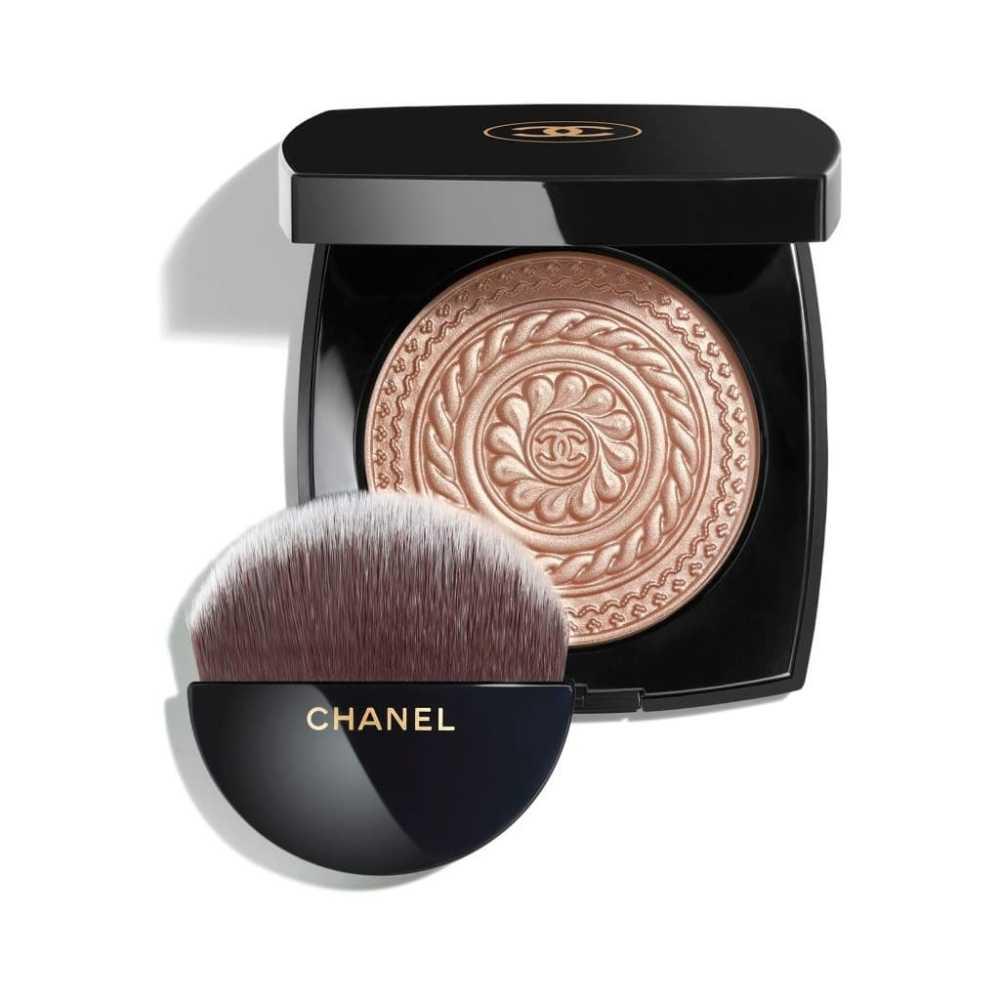 Cipria illuminante Chanel per le feste di fine anno 2019