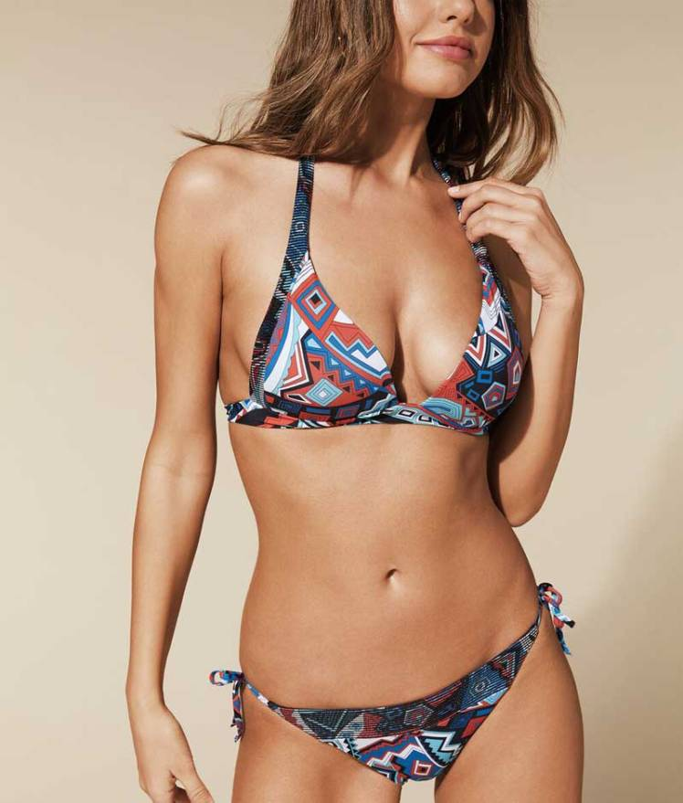 Fantasia Inca nel bikini Calzedonia 2020