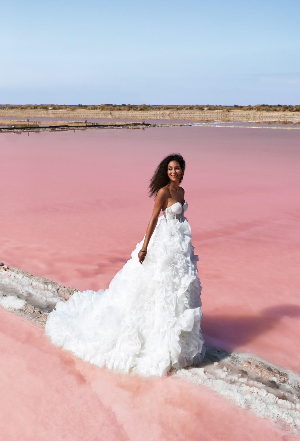 Vi presento la collezione abiti da sposa 2021 Atelier Emé